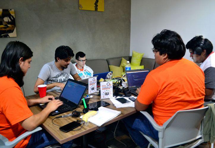 Las profesiones mejor pagadas de Yucatán están encabezadas por medicina. La imagen está utilizada solo con fines ilustrativos. (Daniel Sandoval/SIPSE)