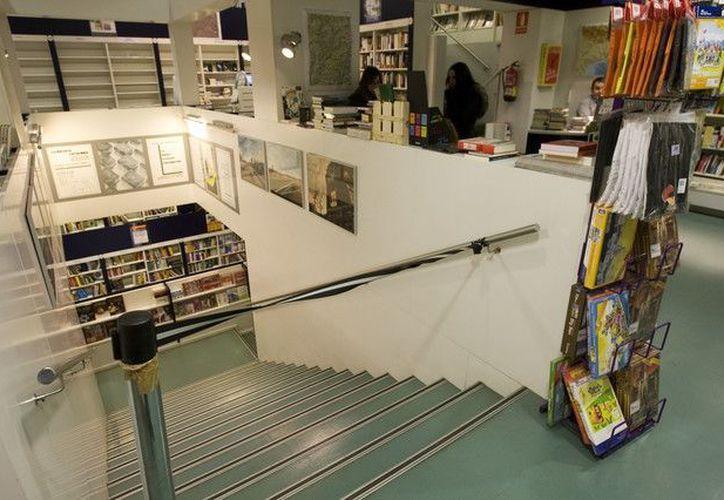 La librería Catalonia, ubicada en el corazón de Barcelona. Un McDonald's ocupará su local. (Agencias)