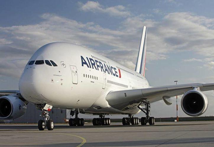 Según la autoridad internacional en aviación, los países deben asegurarse de que sus espacios aéreos son totalmente seguros. (Archivo/SIPSE)