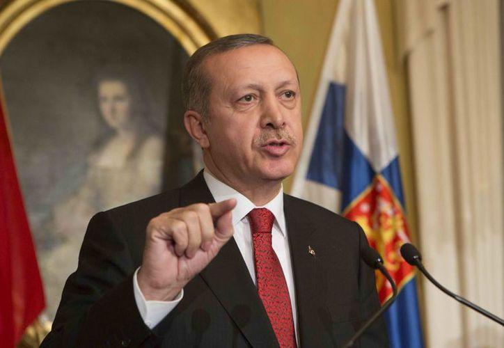 El primer ministro turco, Recep Tayyip Erdogan piensa que se pretende desestabilizar su gobierno previo a las elecciones. (EFE/Archivo)