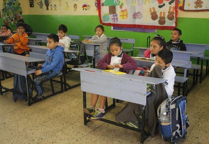 En la escuela primaria Derechos del Niño, de la Región 96, llegaron los alumnos con alegría.