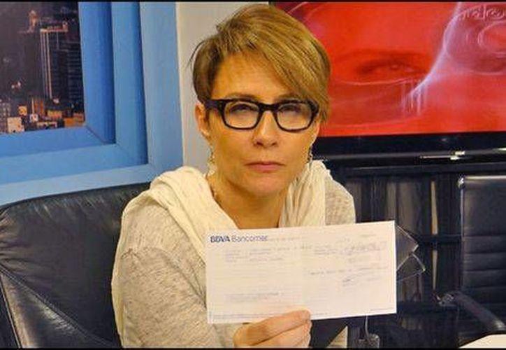 La periodista Denise Maerker realizó una donación de 100 dólares para una asociación dedicada a la investigación de la esclerosis lateral amiotrofica en México. (Foto de Milenio tomada de Radio Fórmula)
