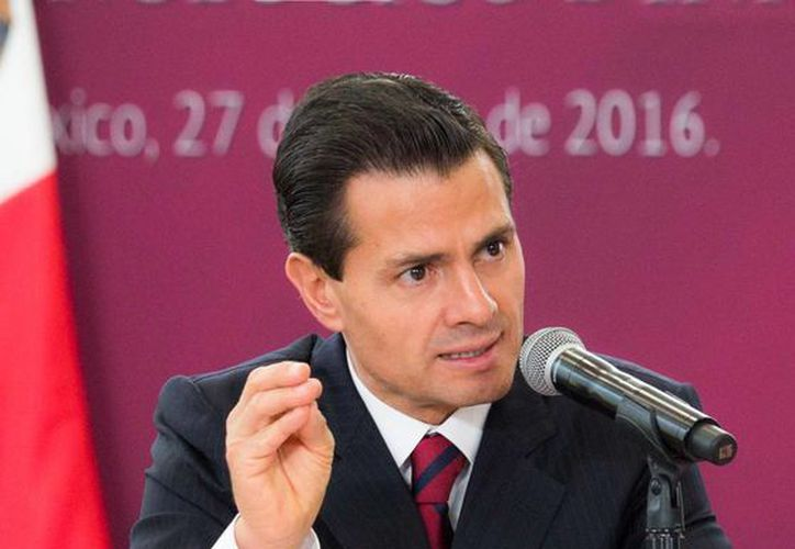 Peña Nieto asegura que la economía nacional muestra mayor dinamismo interno. (Presidencia)