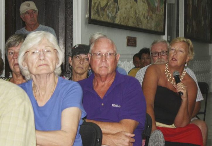 Residentes canadienses están preocupados por la recolección de basura  y la vigilancia en la zona costera de Yucatán. (Milenio Novedades)