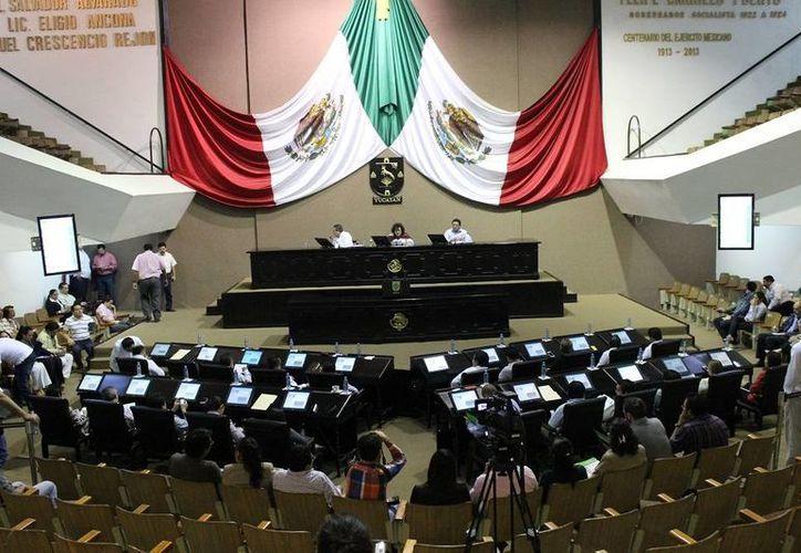 El Congreso concluyó este jueves el análisis del II Informe de Gobierno de Rolando Zapata Bello. (SIPSE)