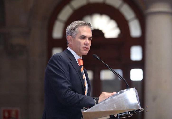 Miguel Ángel Mancera, como Coordinador Nacional de la coalición Por México al Frente. (Foto: Twitter)