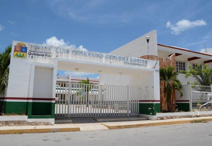 Las escuelas de tiempo en el Estado amplían su jornada laboral de 6 a 8 horas. (Victoria González/SIPSE)