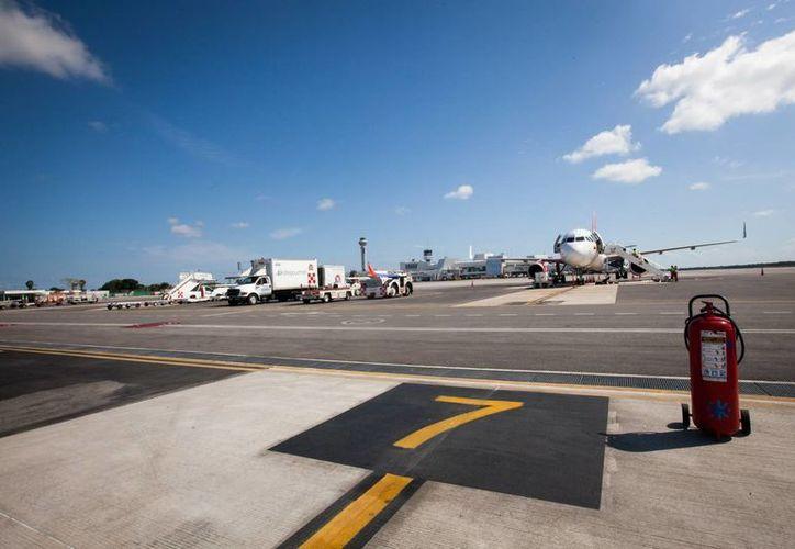 El domingo 21 de agosto entrará en vigor el acuerdo sobre Transporte Aéreo entre los gobiernos de Estados Unidos y México. (Luis Soto/SIPSE)