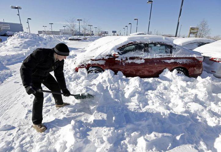 La tormenta invernal llamada Hércules ,cargada de nieve y viento ha causado hasta el momento 16 víctimas mortales en Estados Unidos. (Agencias)