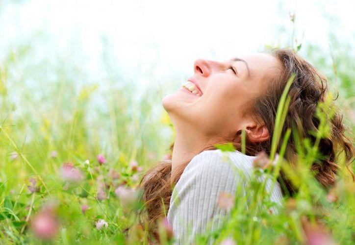 Las personas que viven en los países más felices tienen una mayor esperanza de vida. (jewsforjudaism.org)