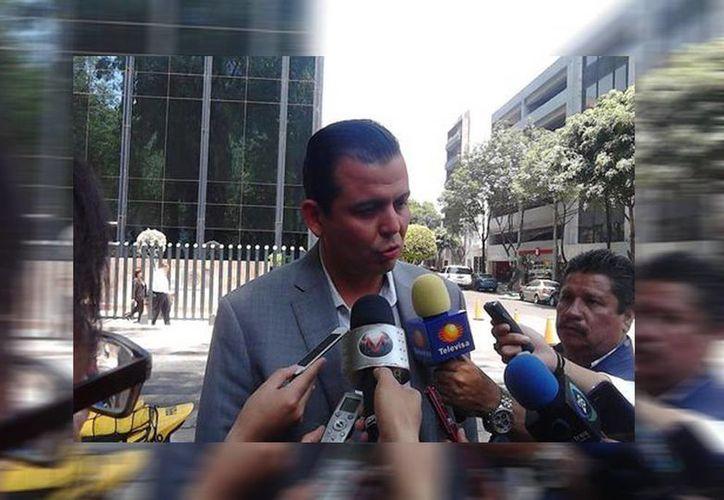 El ex acalde de Tepalcatepec, Guillermo Valencia, declaró durante 14 horas ante la PGR. (Guillermo Estrada/Milenio)
