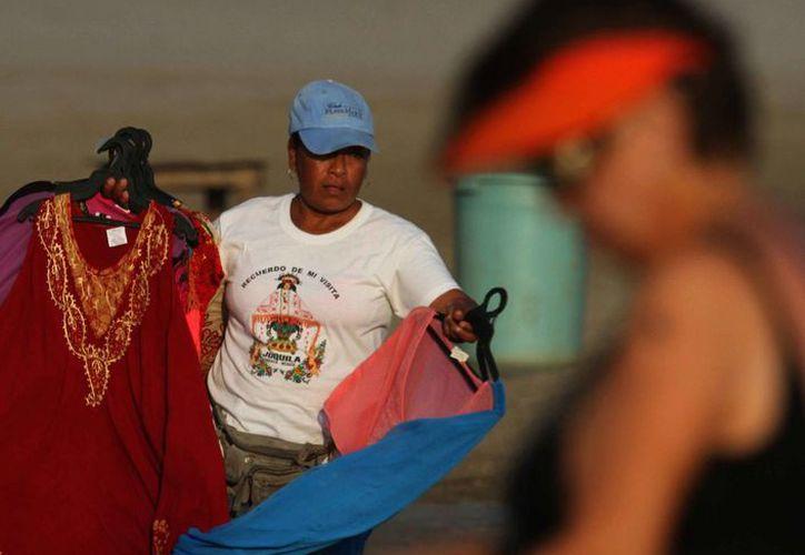 Peña Nieto aseguró que el trabajo informal limita el crecimiento económico del país. (Archivo/Notimex)