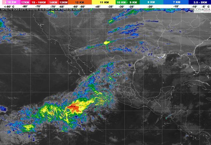 El frente frío No. 26 se extenderá como estacionario sobre el noreste de México. (Servicio Meteorológico Nacional)