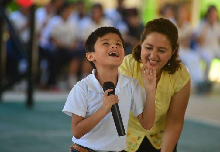 Niños del Centro de Atención Múltiple (CAM) 'Luis Braille' demostraron las habilidades que han adquirido. (Luis Pérez/SIPSE)