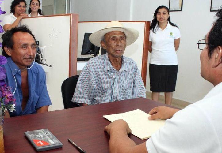 El objetivo es que funcionarios estatales puedan atender de mejor manera a la población mayahablante. (SIPSE)