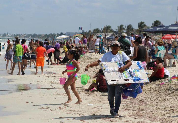 Según la Conagua, para Yucatán se prevén temperaturas muy calurosas por lo menos hasta mañana miércoles en Yucatán. (Gerardo Keb/SIPSE)