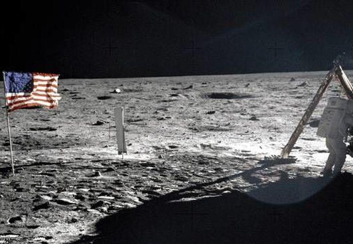 Ninguna de las fotos hechas durante la expedición lunar cuenta con la presencia de estrellas. (Reuters)