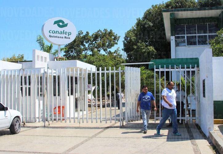 El ifeqroo detectó cinco escuelas en condiciones críticas en Quintana Roo que desde hace ocho años no les dan mantenimiento. (Foto: David de la Fuente/SIPSE)