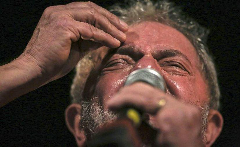 El expresidente Lula es protagonista de una gran polémica desde que fue vinculado al escándalo más grave de corrupción en la historia de Brasil: el caso Petrobras. (EFE)