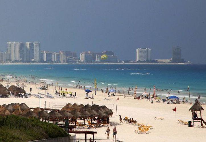 Las playas de este destino turístico son muy concurridas. (Israel Leal/SIPSE)