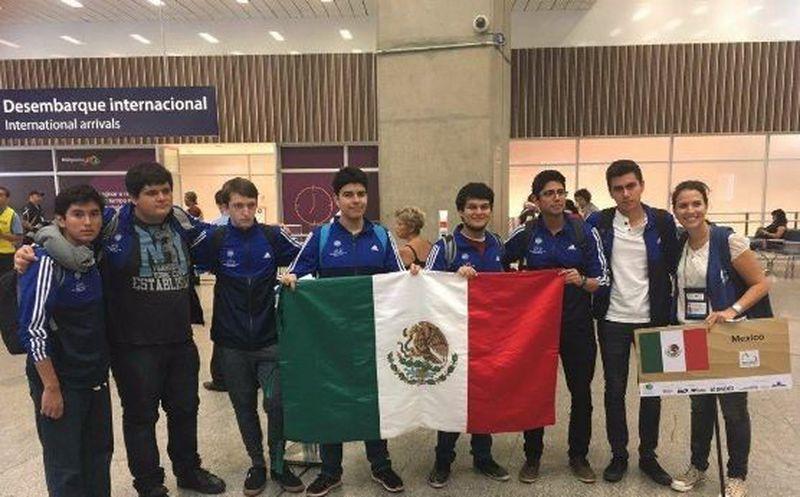 Mexicanos ganan medalla de oro en olimpiadas de matemáticas