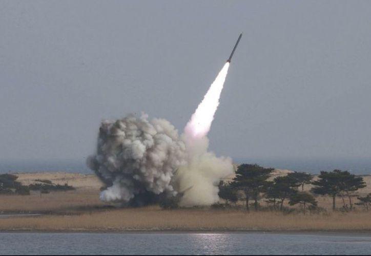 Los cálculos fueron basados en las capacidades de un arma exhibida por Pionyang el año pasado. (Foto: Contexto/Internet)