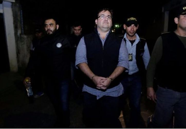 El funcionario añadió que salió de forma voluntaria, que no iba armado y que no le incautaron nada. (SDPnoticias)
