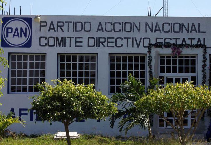 En días pasados la dirigencia nacional del PAN aprobó que el partido realice alianzas con otras fuerzas políticas rumbo al proceso electoral local de este año. (Juan Palma/SIPSE)