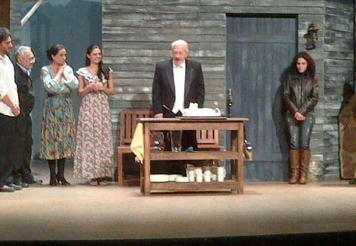 La obra tendrá dos funciones en el teatro, a las 19:00 y 21:30 horas. (facebook.com/teatrode.cancun)