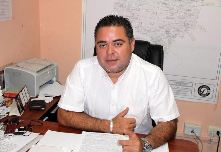 El regidor priista Enrique Alfaro Manzanilla recalca que el alcalde, Renán Barrera Concha, no ha construido los acuerdos necesarios para concretar la propuesta del Tribunal de lo Contencioso Administrativo del Municipio de Mérida. (SIPSE)