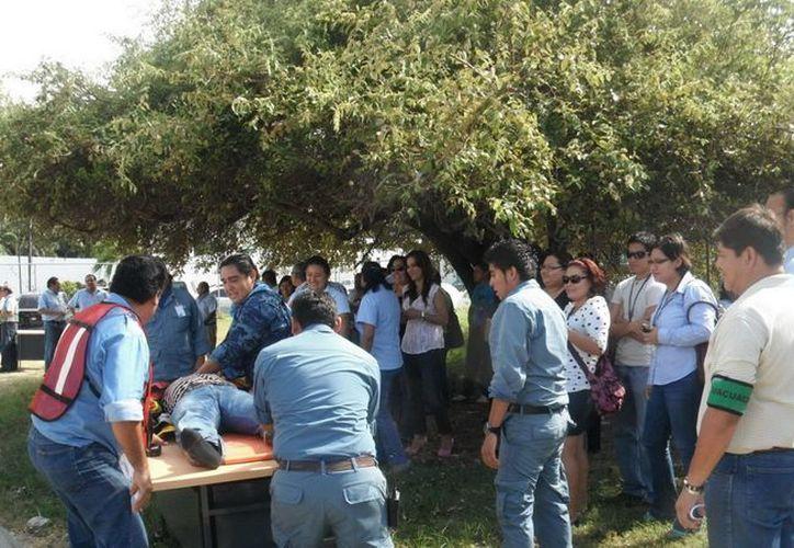 Se formarán grupos de instructores que después difundan la información de protección civil  entre la comunidad y los centros de trabajo. (Cortesía/SIPSE)