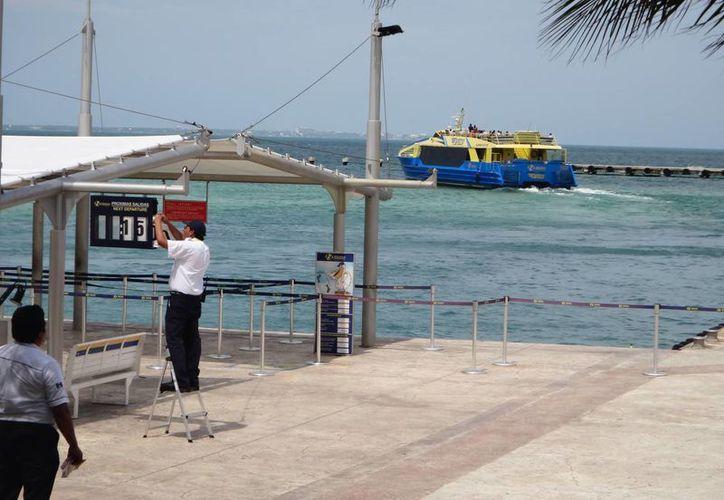 Salida del Ferry en uno de los embarcaderos. (Israel Leal/SIPSE)