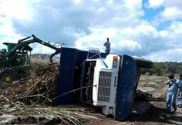 Hasta 10 mil pesos tienen que invertir los dueños de las unidades en reparaciones. (Carlos Castillo/SIPSE)