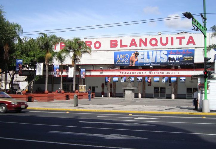 El icónico Teatro Blanquita está ubicado en Plaza Aquiles Serdán número 12, colonia Guerrero, en la ciudad de México. (Foto:ww.static.panoramio.com)