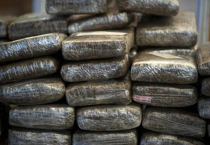 Fueron decomisados dos mil 536 kilogramos de marihuana dentro de la casa en Laredo. (Foto de contexto Notimex)