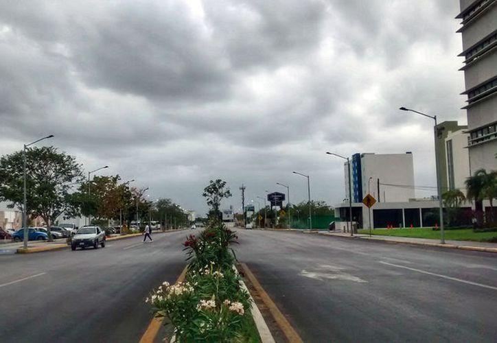 El pronóstico de Conagua es de un domingo lluvioso en Yucatán. (Eduardo Vargas/SIPSE)