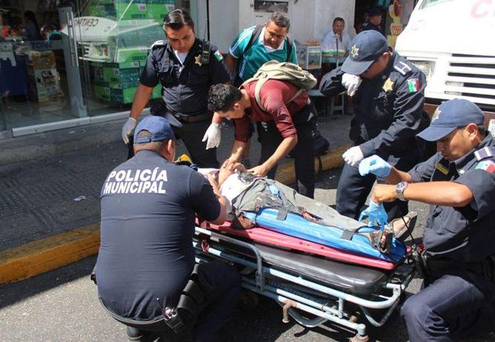 El señor de 66 años fue atropellado por un camión de transporte urbano. (SIPSE)