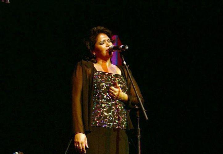 """Marilú Basulto interpretará """"Ama"""" y """"Quisiera ser golondrina"""" en el Festival de la Trova Yucatán 2015.  (SIPSE)"""