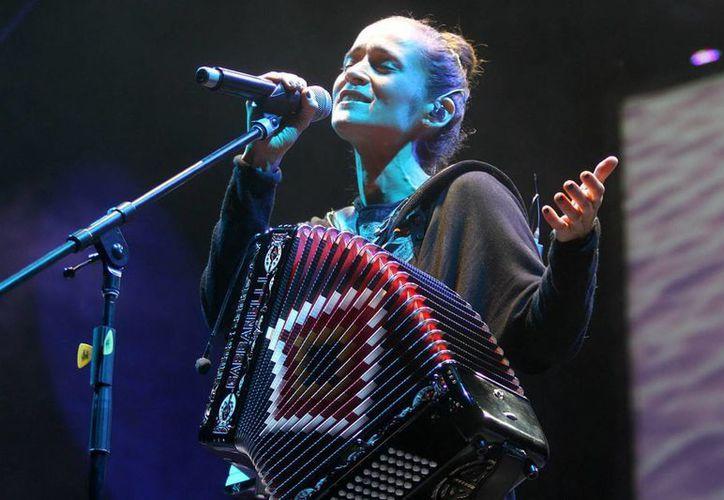 La cantante mexicana fue entrevistada por el periódico chileno 'El Mercurio'. (Archivo Notimex)