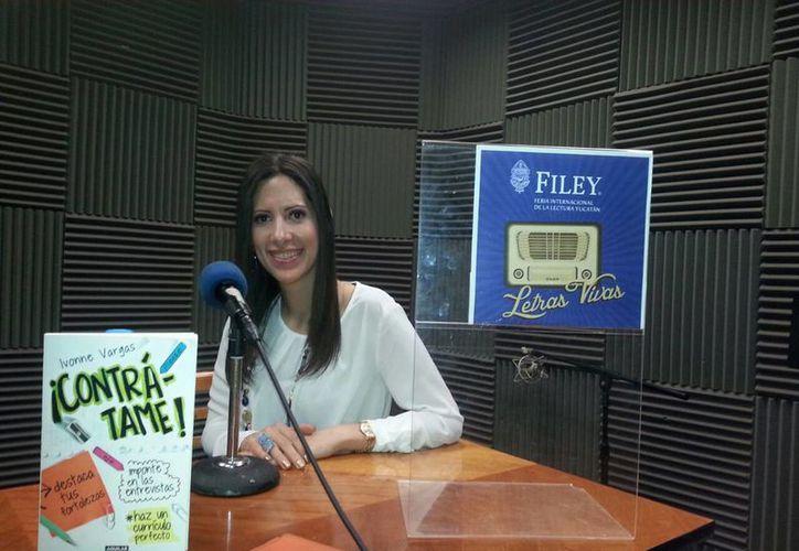 Ivonne Vargas es una de las que participan en el programa 'Letras Vivas' que promueve la Filey. (SIPSE)