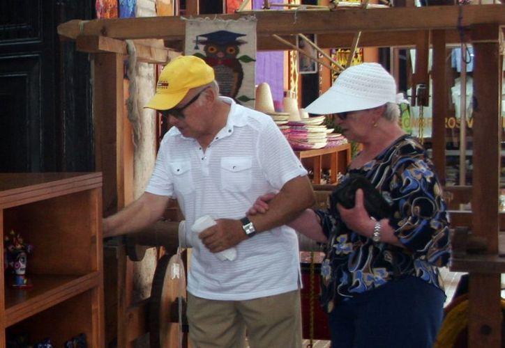 Desde el inicio de año a octubre pasado, se ha registrado la llegada de un millón 116 mil 869 turistas  en Yucatán. (Milenio Novedades)