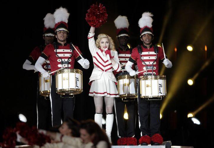 Madonna ofreció, como siempre, un espectáculo lleno de sensualidad. (Agencia Reforma)