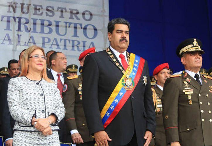 """Maduro afirmó que escapó de una tentativa de """"asesinato"""" cometido con drones cargados de explosivos. (Internet)"""