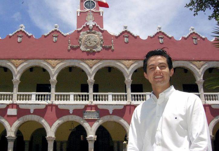 Luis Joaquín Castillo López, el regidor del Cabildo de Mérida más jóven. (SIPSE)