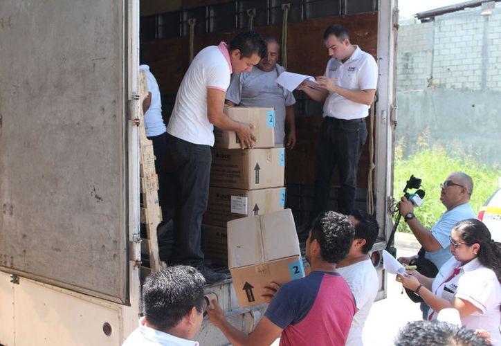 El material se distribuyó en los distritos electorales. (Benjamín Pat/SIPSE)