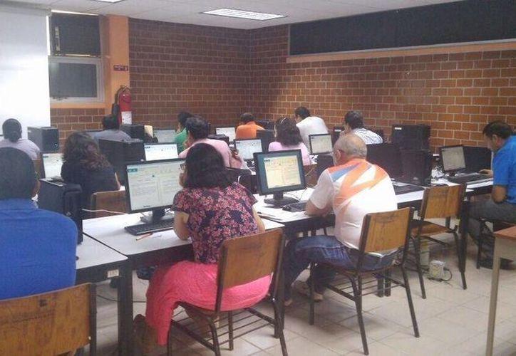 El pasado 16 de junio arrancó la primera etapa del proceso de evaluación de mil 364 docentes. (Gerardo Amaro/SIPSE)