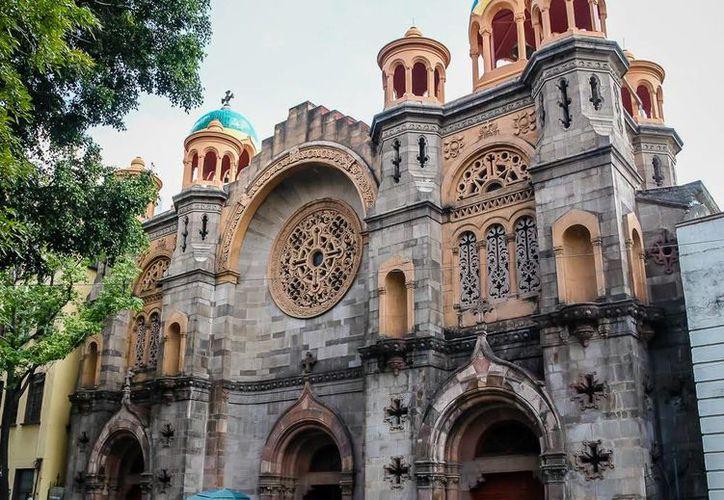 La parroquia de la Sagrada Familia en Santa María la Ribera sufrió un asalto a mano armada este miércoles. (Panoramio)