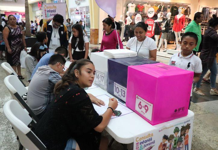 Más de 12 mil niños y niñas de cuatro municipios del centro y sur del Estado podrán participar en la Consulta Infantil y Juvenil 2018. (Enrique Mena/SIPSE)