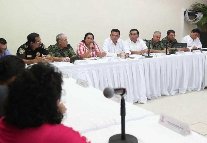 Aspecto de la reunión de seguridad pública en Sotuta. (SIPSE)
