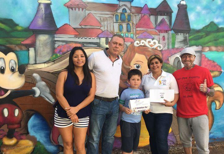 La fundación Aitana, recibió un donativo por cuatro mil dólares. (Redacción/ SIPSE)